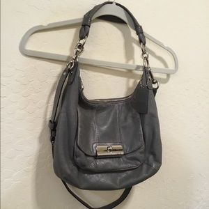 COACH gray leather Hobo shoulder W crossbody strap